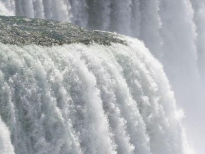 2-Day Niagara Falls Tour from New York by Bus